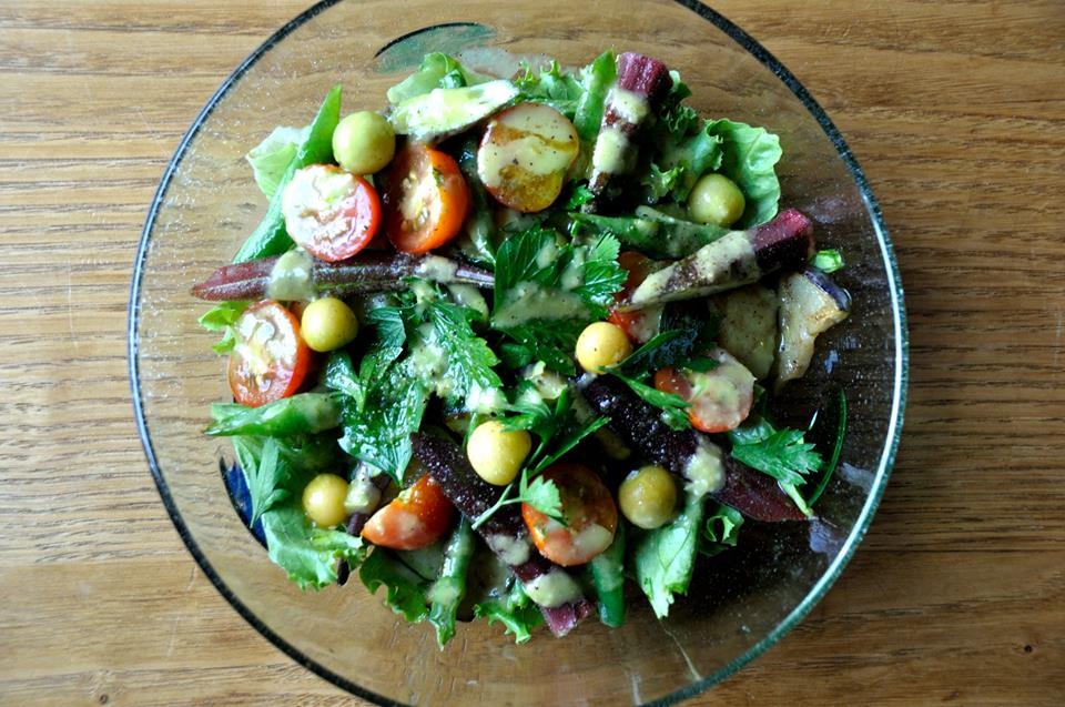 Night Market 自家製夏野菜のサラダ