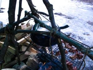 焚火三脚に網を装着